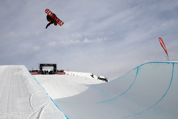 Olympic medallists secure top spots in snowboard halfpipe qualifiers